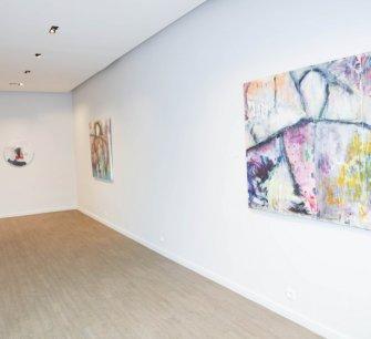 "Exposition"" UNIVERSUM "" DE MARIA KERMADI"