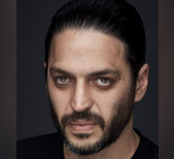 Younès Bouab «J'admire les rôles extravertis»